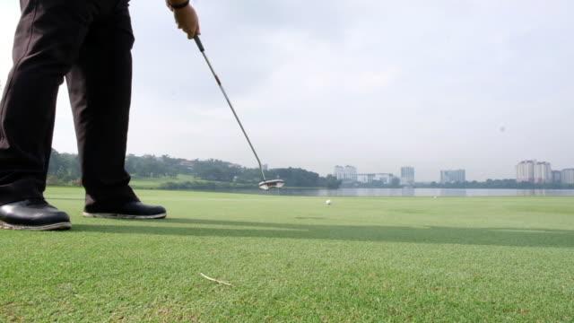 パットを逃した。 - ゴルフ選手点の映像素材/bロール