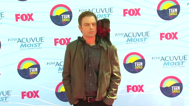 Justin Kirk Crystal the Monkey at 2012 Teen Choice Awards on 7/22/12 in Los Angeles CA