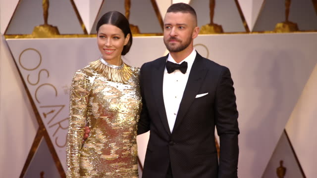justin timberlake and jessica biel at 89th annual academy awards arrivals at hollywood highland center on february 26 2017 in hollywood california 4k - justin timberlake stock-videos und b-roll-filmmaterial