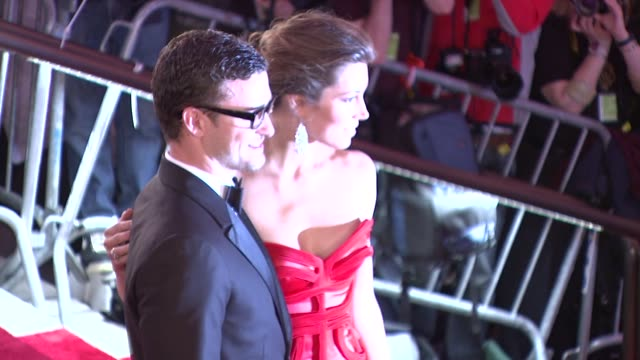 justin timberlake and jessica biel at the 'the model as muse embodying fashion' costume institute gala at the metropolitan museum of art arrivals at... - justin timberlake stock videos & royalty-free footage