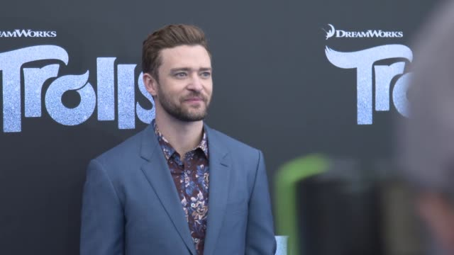 justin timberlake arrives on the red carpet at the 'trolls' australian premiere on november 20 2016 in sydney australia - justin timberlake stock-videos und b-roll-filmmaterial