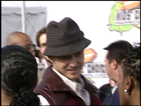 justin timberlake at the 2003 kids' choice awards at barker hanger in santa monica, california on april 12, 2003. - justin timberlake stock videos & royalty-free footage
