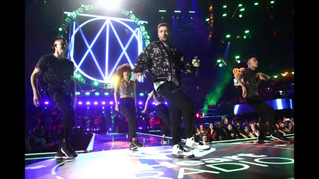 justin timberlake performs onstage during the iheartradio music festival at tmobile arena on september 22 2018 in las vegas nevada - justin timberlake stock-videos und b-roll-filmmaterial