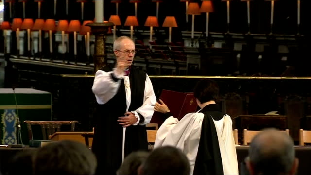 justin welby confirmed as 105th archbishop of canterbury england london st pauls cathedral int right reverend justin welby carrying out blessing at... - カンタベリー大主教点の映像素材/bロール