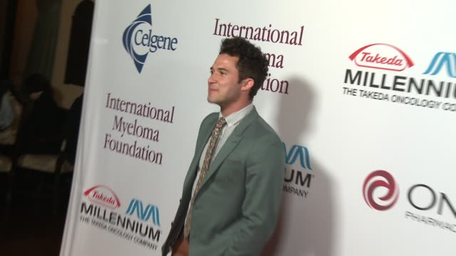 justin willman at international myeloma foundation 7th annual comedy celebration benefiting the peter boyle research fund & supporting the black swan... - peter boyle stock videos & royalty-free footage