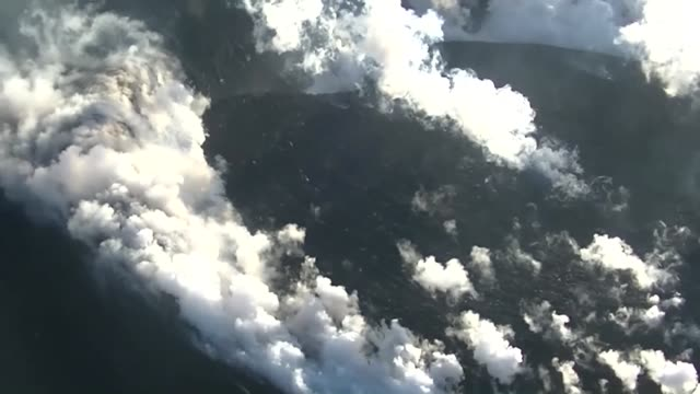 a powerful volcanic eruption was observed again on friday at mt shimmoe on the southwestern japanese main island of kyushu following a similar... - vulkanausbruch stock-videos und b-roll-filmmaterial