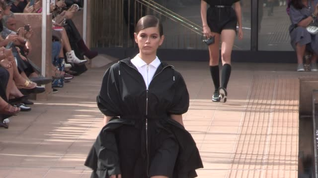kaia gerber and models on the runway for the longchamp spring summer 2020 fashion show in new york city new york city ny usa on saturday september 7... - new york fashion week stock videos & royalty-free footage