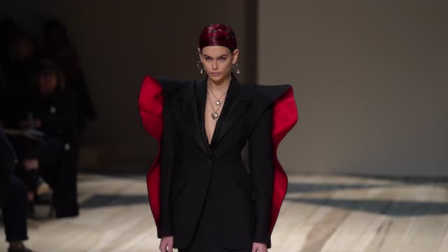 FRA: Paris Fashion Week Womenswear Fall/Winter 2020/2021 - Alexander McQueen
