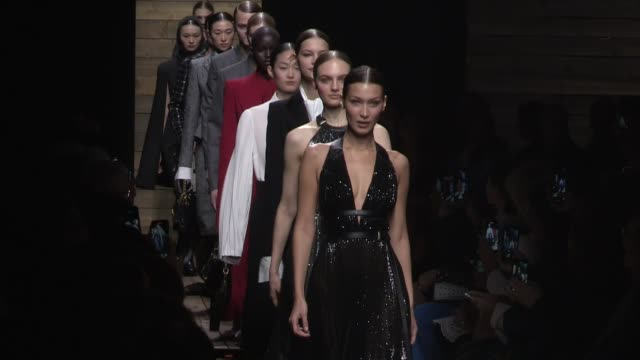 kaia gerber, bella hadid and fellow models on the runway for the michael kors fall winter 2020 fashion show in new york city new york city, ny, usa... - ニューヨークファッションウィーク点の映像素材/bロール