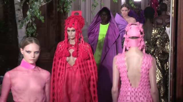 kaia gerber, gigi hadid, models and designer pier paolo piccioli on the runway for the valentino fall winter 2020 haute couture fashion show in paris... - runway stock videos & royalty-free footage