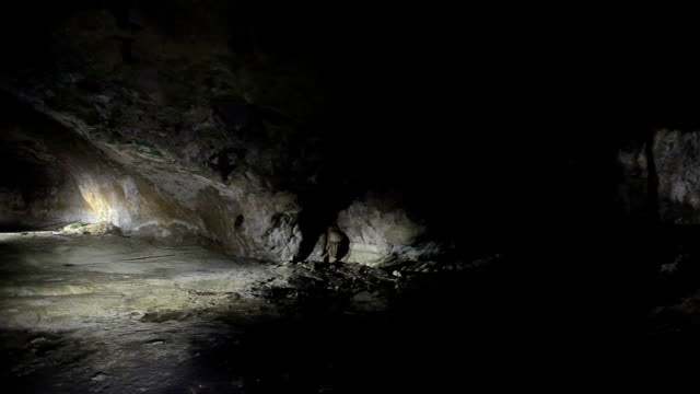 hd: kaklik cave, denizli, turkey - cave stock videos & royalty-free footage