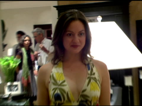 kali rocha at the opening of their new williamssonoma home store at williamssonoma store in beverly hills california on september 29 2005 - williams sonoma stock videos & royalty-free footage
