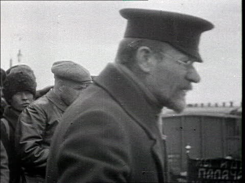 kalinin's speech he addresses the bolshevik recruits from a wagon cannon on armoured train - 1918 stock videos & royalty-free footage