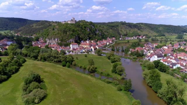kallmünz (kallmuenz) town in north bavaria - regensburg stock videos & royalty-free footage