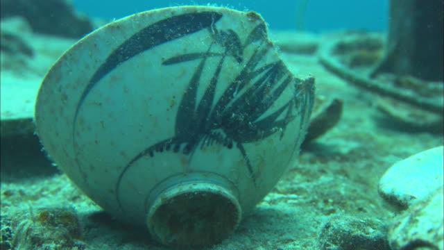 Kansho, porcelain tea, Chuuk Lagoon, South Pacific