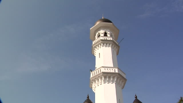 ws td pan kapitan keling mosque / george town, penang, malaysia - penang stock videos and b-roll footage
