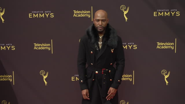 vídeos de stock, filmes e b-roll de karamo brown at the 2019 creative arts emmy awards - day 1 at microsoft theater on september 14, 2019 in los angeles, california. - karamo brown