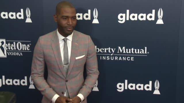 vídeos de stock, filmes e b-roll de karamo brown at the 28th annual glaad media awards at the beverly hilton hotel on april 01, 2017 in beverly hills, california. - karamo brown
