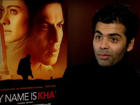 vidéos et rushes de karan johar on how shah rukh khan and kajol are different characters from their last partnership 8 years ago so the love story is different from the... - en dernier
