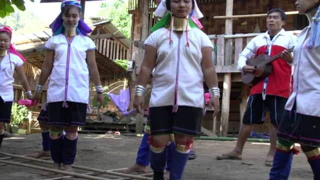 karen tribe women from long neck village in northern thailand performing a traditional dance - long stock videos & royalty-free footage