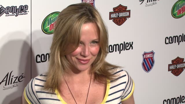 stockvideo's en b-roll-footage met kari whitman at the 5th anniversary of complex magazine hosted by travis barker at area in west hollywood california on april 10 2007 - travis barker