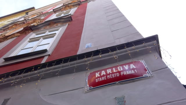 stockvideo's en b-roll-footage met karlova street name sign in prague - street name sign
