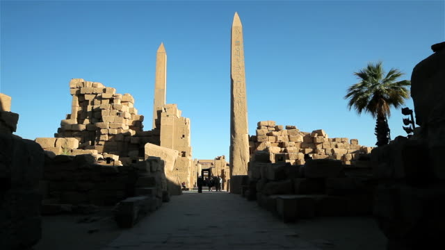 karnak complex, obelisk of tuthmosis & queen hapshetsut - obelisk stock videos & royalty-free footage