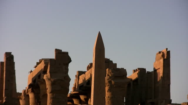 karnak temple - obelisk stock-videos und b-roll-filmmaterial