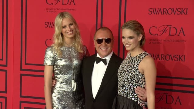 karolina kurkova michael kors and cody horn at 2013 cfda fashion awards arrivals at alice tully hall on june 03 2013 in new york new york - karolina kurkova stock videos and b-roll footage
