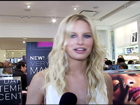 karolina kurkova on the makeup shades she likes on why victoria's secret 'very sexy' makeup is great on the various colors and shades and names of... - karolina kurkova stock videos and b-roll footage