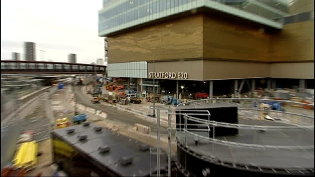 karren brady criticises tottenham hotspur plans for olympic stadium england london stratford int partly built interior of westfield stratford city... - カレン ブラディ点の映像素材/bロール