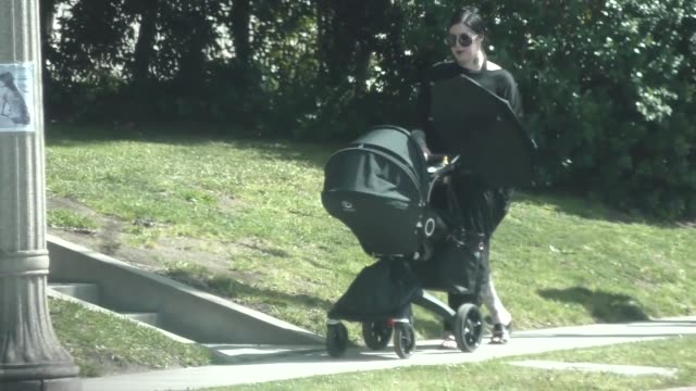 kat von d takes her baby for a walk in beverly hills at celebrity sightings in los angeles on march 30, 2019 in los angeles, california. - celebrity sightings stock videos & royalty-free footage