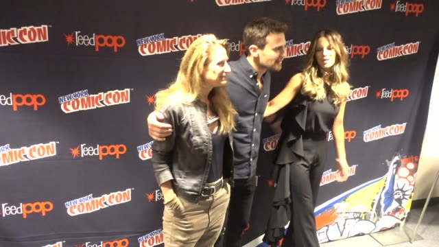 Kate Beckinsale and Theo James attend the Screen Gems Resident Evil The Final Chapter and Underworld Blood Wars press room during 2016 New York Comic...