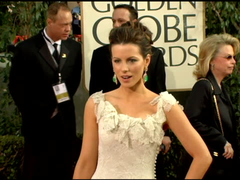 kate beckinsale at the 2006 golden globe awards arrivals at the beverly hilton in beverly hills california on january 16 2006 - 2006 stock videos & royalty-free footage