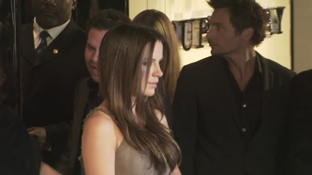 kate beckinsale at the burberry beverly hills store re-opening at los angeles ca. - beverly hills点の映像素材/bロール