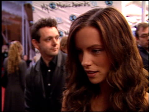 kate beckinsale at the my vh1 music awards at the shrine auditorium in los angeles, california on december 2, 2001. - shrine auditorium stock videos & royalty-free footage