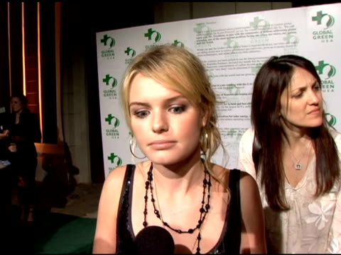 kate bosworth at the clean energy solutions music at 'rock the earth' with hollywood stars joining global green at day after club in hollywood... - kate bosworth stock-videos und b-roll-filmmaterial