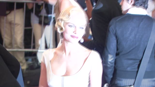 kate bosworth at the metropolitan museum of art costume institute gala 'poiret king of fashion' at the metropolitan museum of art in new york new... - kate bosworth stock-videos und b-roll-filmmaterial