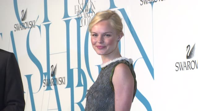 kate bosworth at the the 2007 cfda awards at new york public library in new york new york on june 4 2007 - kate bosworth stock-videos und b-roll-filmmaterial