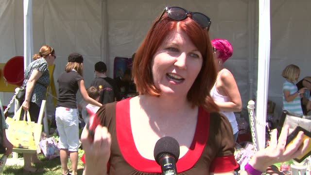 kate flannery on being here today on working the bean bag toss at the 20th anniversary 'a time for heroes' celebrity carnival sponsored by disney at... - bean bag stock videos & royalty-free footage