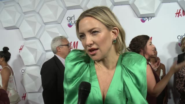 interview kate hudson at 2nd annual girl up #girlhero awards at the beverly wilshire four seasons hotel on october 13 2019 in beverly hills california - kate hudson stock videos & royalty-free footage
