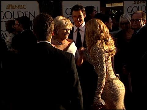 vídeos y material grabado en eventos de stock de kate hudson at the 2002 golden globe awards at the beverly hilton in beverly hills, california on january 20, 2002. - kate hudson