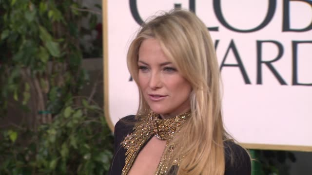 kate hudson at the 70th annual golden globe awards arrivals in beverly hills ca on 1/13/13 - kate hudson stock videos & royalty-free footage