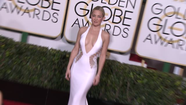 kate hudson at the 72nd annual golden globe awards arrivals at the beverly hilton hotel on january 11 2015 in beverly hills california - kate hudson stock videos & royalty-free footage