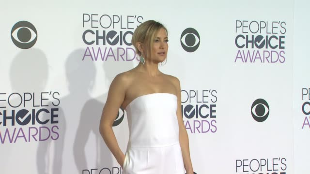 kate hudson at the people's choice awards 2016 at nokia plaza la live on january 6 2016 in los angeles california - kate hudson stock videos & royalty-free footage