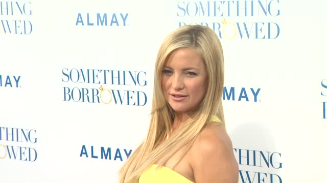kate hudson at the 'something borrowed' premiere at los angeles ca - kate hudson stock videos & royalty-free footage