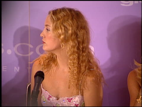 kate hudson at the women in film awards on june 9 2000 - kate hudson stock videos & royalty-free footage