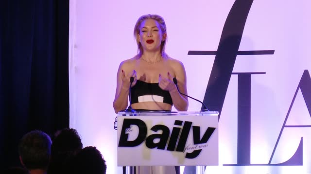 speech kate hudson says i'm not going to look at hergets choked up tells story about how they met at a young age in la her dad was her mom's agent... - kate hudson stock videos & royalty-free footage