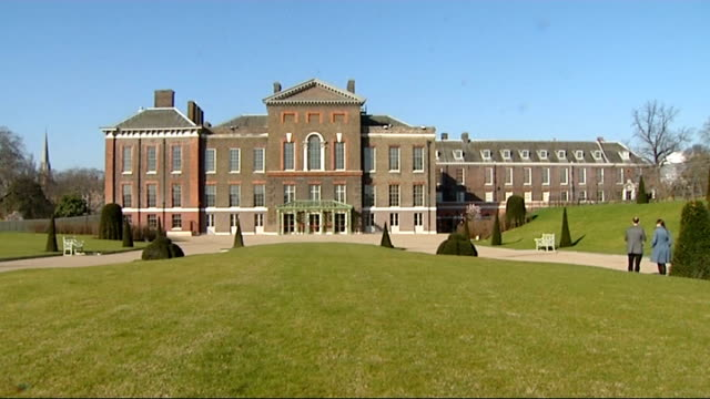 kate kavelashvili shares a birthday with prince george r26031208 / london kensington palace ext general views of kensington palace - itv放送点の映像素材/bロール