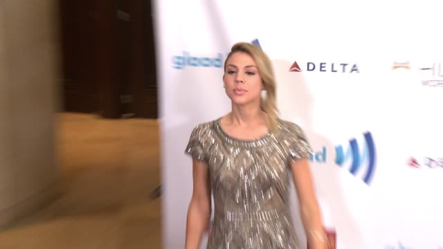 stockvideo's en b-roll-footage met kate mansi at the 25th annual glaad media awards at the beverly hilton hotel on april 12 2014 in beverly hills california - beverly hilton hotel
